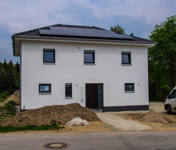 Photovoltaikanlage Neubau KfW 55