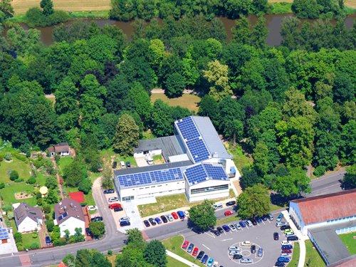Photovoltaikanlage auf dem Hallenbad in Rotenburg